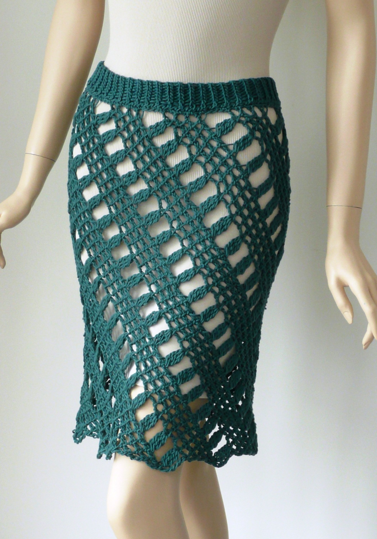 Crochet Patterns Skirt : ... 2013 at 1312 ? 1876 in The Crocheted Skirt: Fashion Fact or Fantasy