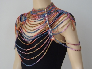 Waterfall Collar, designed by Jessie Rayot